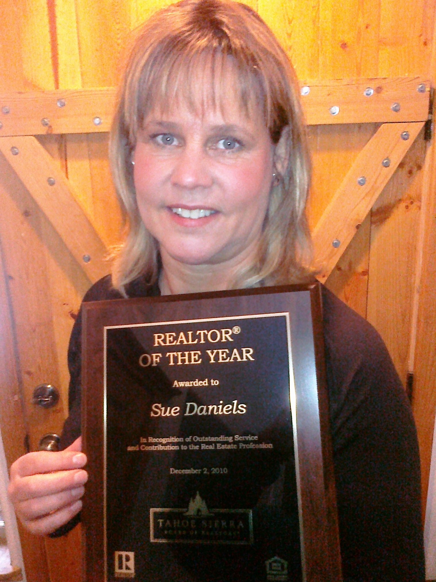 Veteran Coldwell Banker Residential Brokerage Agent Sue